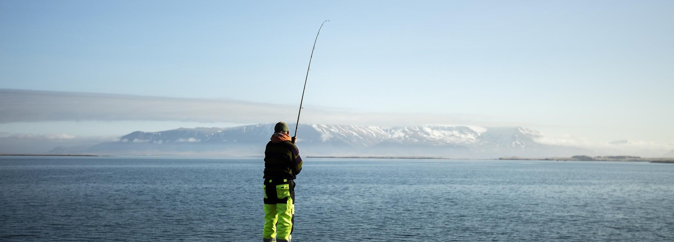 Fishing for icelandic cod © James Morgan for MSC